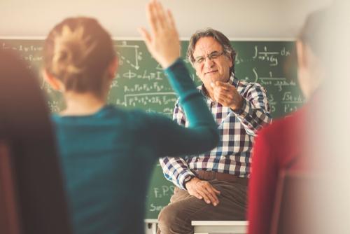 Scuola, domanda Pensione 2020: quando va presentata e requisiti